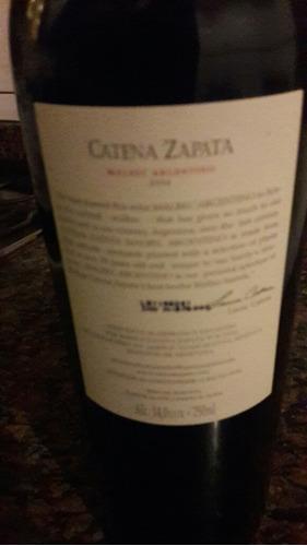 malbec argentino catena zapata 2004