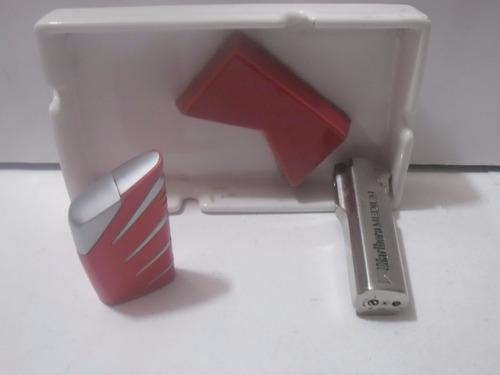 malboro 2 encendedores y cenicero