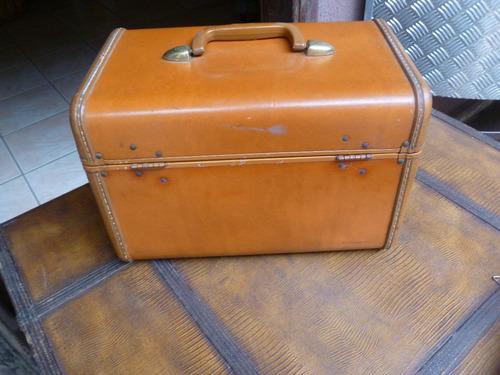 maleta antiga