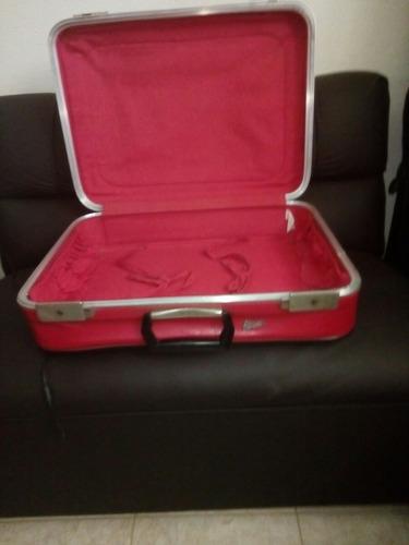 maleta antigua . buen estado