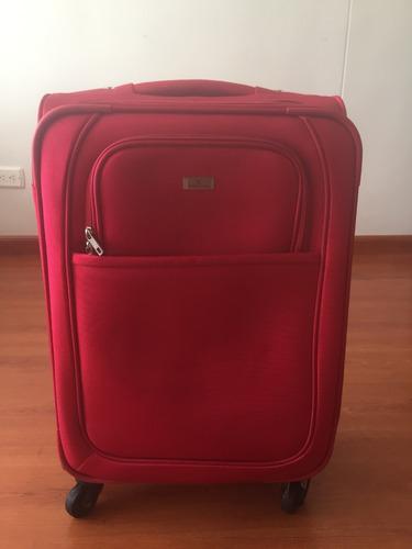 maleta de viaje pequeña como nueva