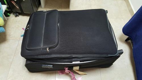 maleta delsey 85x30x55 cm perfectas condiciones