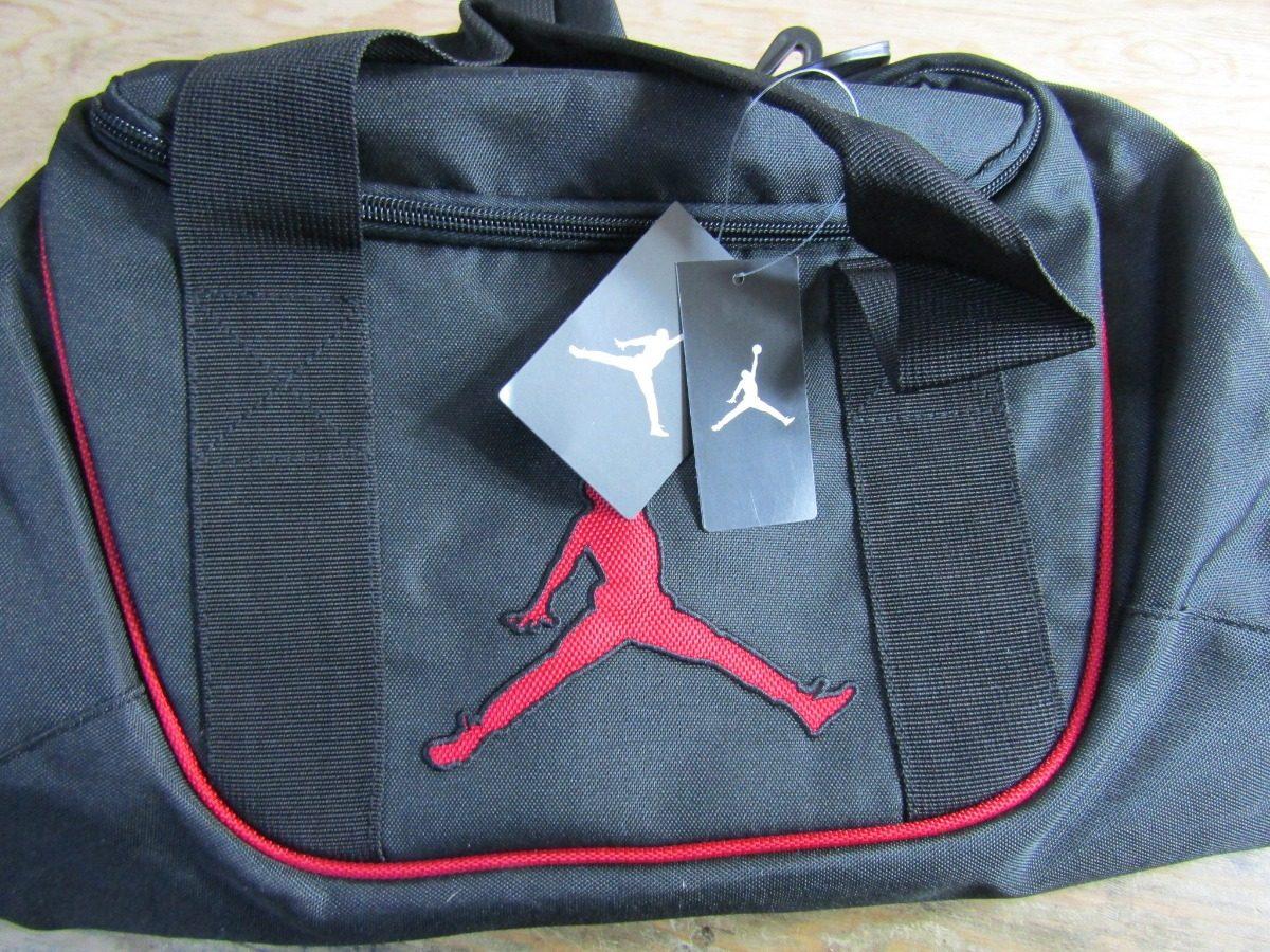 0bf9b65dc0e0d maleta jordan brasilia duffel gym espacio para tenis o balon. Cargando zoom.