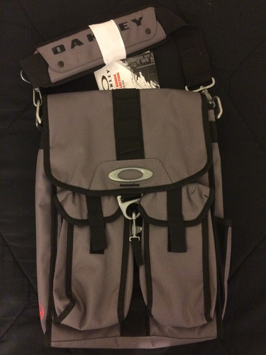 maleta laptop case estuche laptop 15.6 oakley