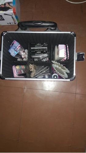 maleta manicure con carro