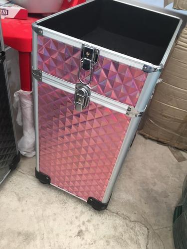 maleta maquillaje y manicura con ruedas