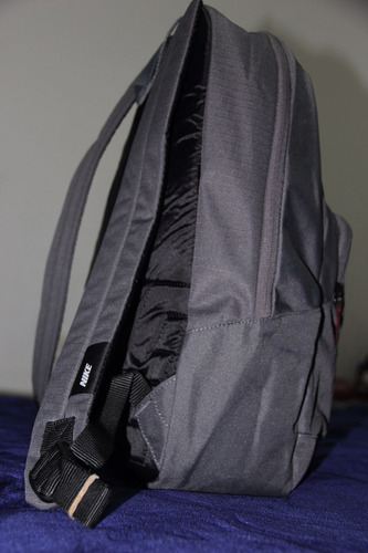 maleta nike original en excelente precio