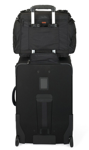 maleta para cámara magnum 400 aw lowepro negro