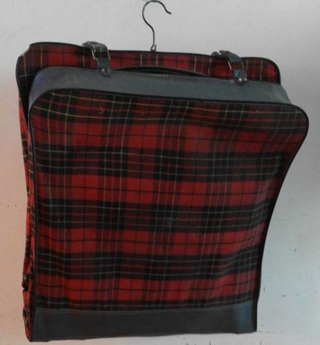 maleta porta trajes