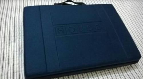 maleta seriado house 1 a 7 temporada com camiseta