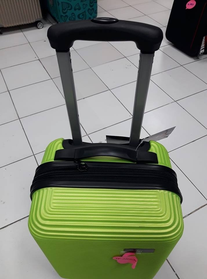bbdbc5608 set 3 maletas rigidas viaje equipaje juvenil vacaciones. Cargando zoom... maletas  viaje equipaje. Cargando zoom.