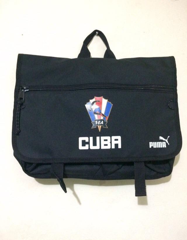 new concept 57637 0b523 ... Maletín De La Federación Cubana De Atletismo Puma - 650.00 en Mercado  Libre ...