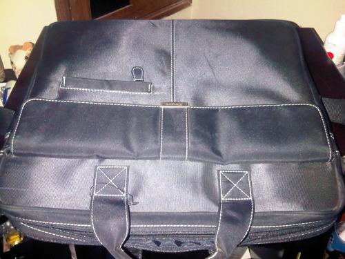 maletin de laptop targus