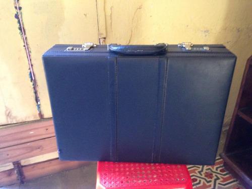 maletín de mano con combinación