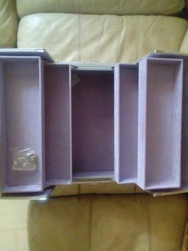 maletin de maquillaje en aluminio