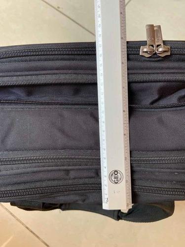 maletín laptop samsonite