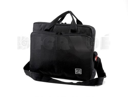 maletín notebook acolchado reforzado correa 17p.  32x41x10cm