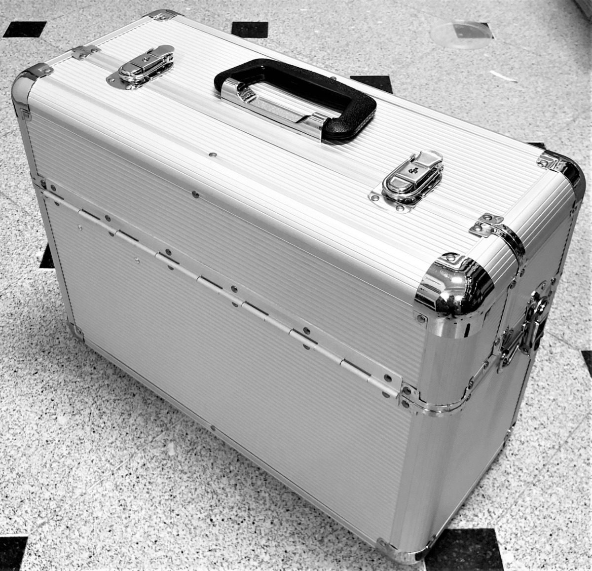 796f0a55a maletín profesional aluminio grande maquillaje peluquería. Cargando zoom.