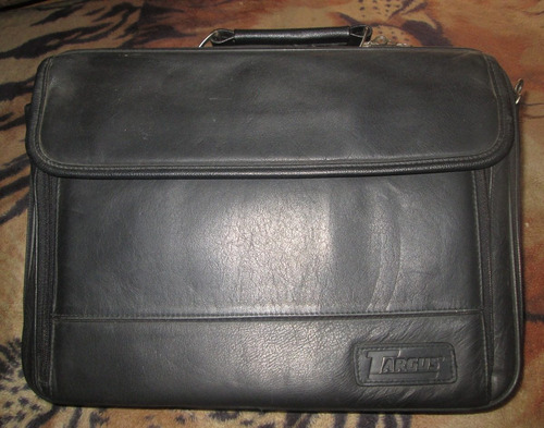 maletín targus color negro