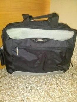 maletin targus para laptop de 17, usado con poco uso