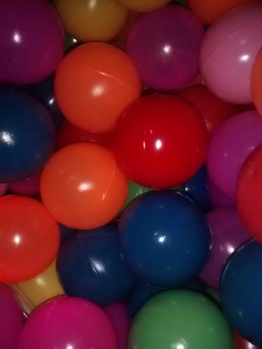 malla de 20 pelotas plasticas grandes