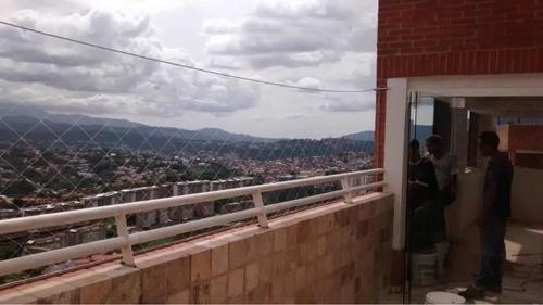 mallas de seguridad anti caídas para ventanas y balcones.