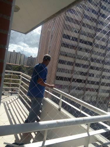 mallas de seguridad invisibles para sus ventanas y balcones