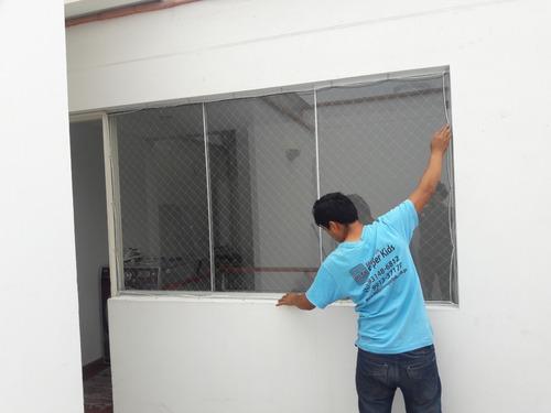 mallas protectoras y seguridad para bebés en las ventanas,