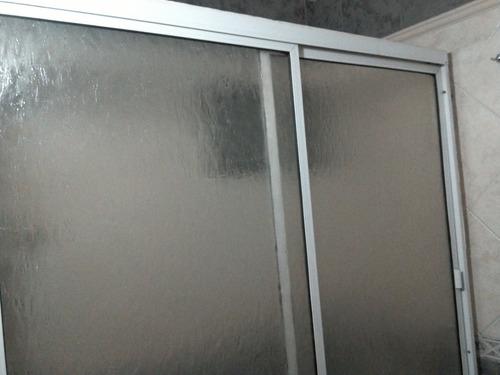 mampara sobre bañera,colgante 1,54x1,56 de acrílico translúc