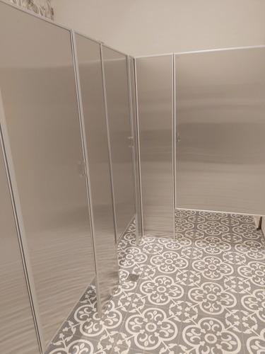 mamparas diviciones para sanitarios baños