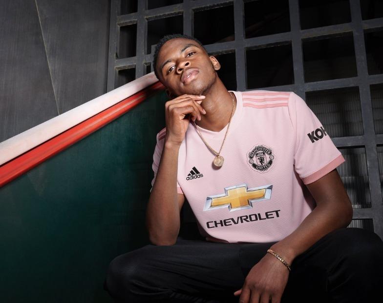 ecd787143a Camisa adidas - Manchester United - Rosa 2018 - Original - R  169