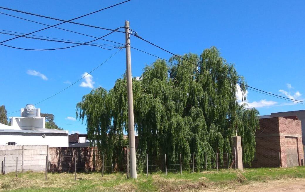 mancisidor propiedades vende: terreno con construcción en villa hípico.