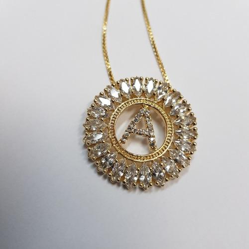 mandala folheado a ouro várias letras.