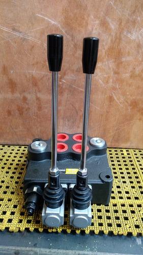 mandos hidráulicos de 2 palancas para 160 litros.