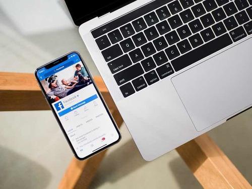 manejo de redes sociales.
