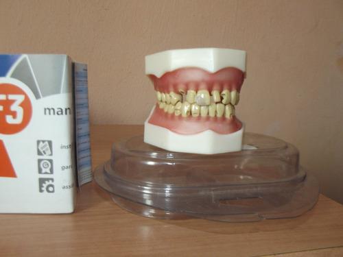 manequim materiais dentários