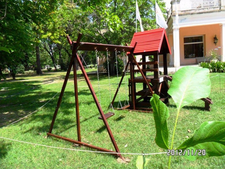 Mangrullo En Madera Para Jardines - Tobogan Y Accesorios - $ 19.600 ...