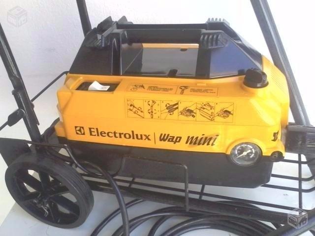 64735fbb619 Mangueira Alta Pressão Wap Mini Electrolux Trama De Nylon - R  129 ...