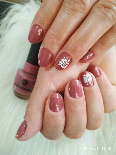 manicure, pedicure e alongamento em fibra de vidro