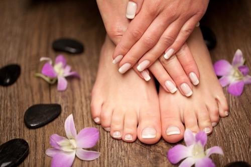 manicure y pedicure estético a domicilio