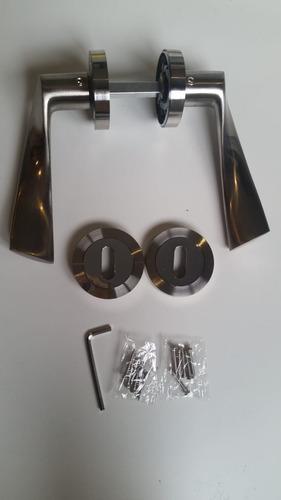 manija doble balancin picaporte curvo aluminio.