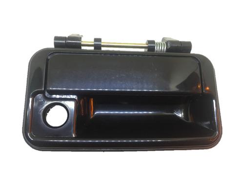 manija exterior delantera derecha geo metro 1992 negra
