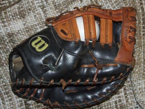 manilla beisbol mascotin wilson a2000  para primera base