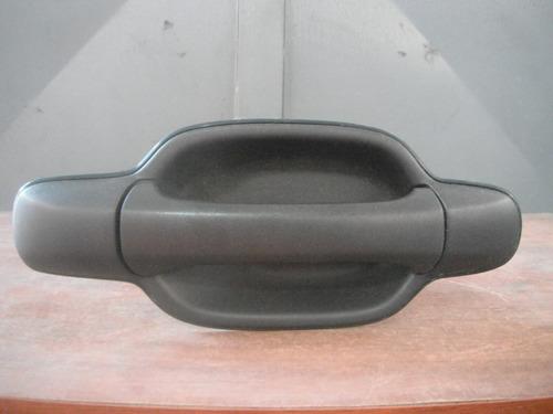 manilla externa trasera derecha chevrolet d-max luv