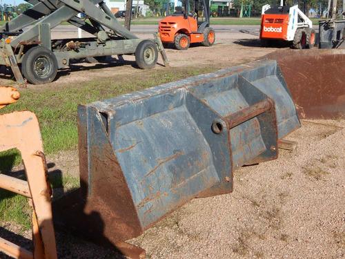 manipulador telescópico giratorio manitou 4 ton.c/accesorios