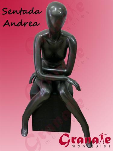 maniquies dama - hombre fibra de vidrio. pose sentados