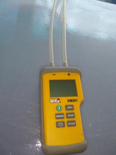 manómetro digital doble diferencial uei em210