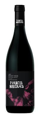 manos negras pinot noir red soil select - caja 6x750ml