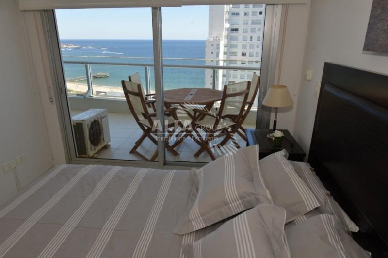 mansa, a pasos del mar, 2 dormitorios-ref:2213