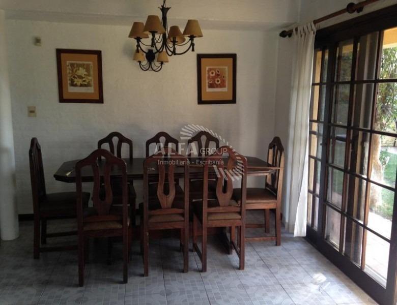 mansa, casa de 4 dormitorios en venta- ref: 2665